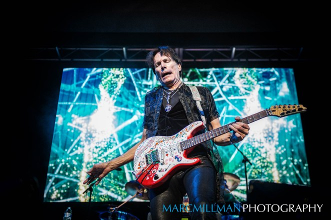 steve-vai-town-hall-wed-11-9-16_november-09-20160379-edit